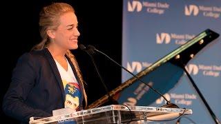 Lilian Tintori - Acto de entrega del Premio Francisco de Miranda a Leopoldo Lopez por el IID