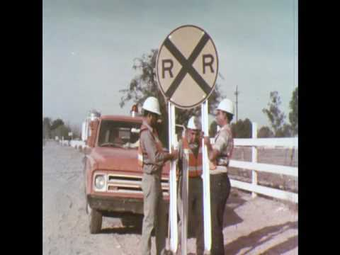 Safety Facts About Crossing Tracks (1970)