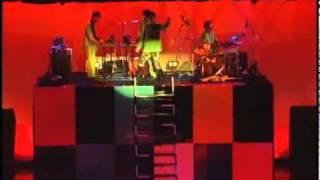ケラさん率いるナイロン100℃の舞台、「1979」より、TOKIO。 手塚とおる...