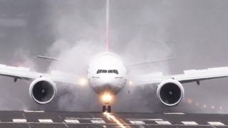 Repeat youtube video Emirates 777 spray and dust storms!