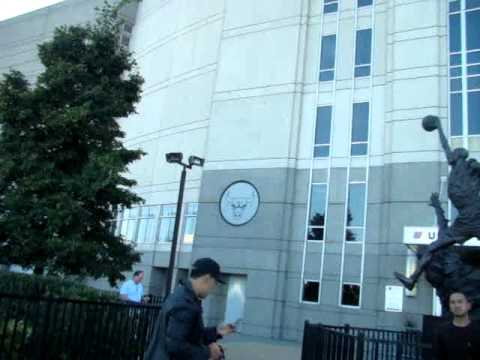 United Center Chicago with Michael Jordan Statue