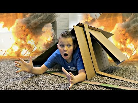 Box Fort EXPLOSION! Hide and Seek Game