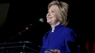 Hillary Clinton Nearly Breaks the Internet With Donald Trump Diss