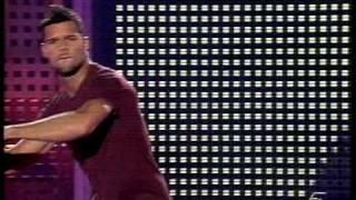 Ricky Martin - Que mas da (Live)