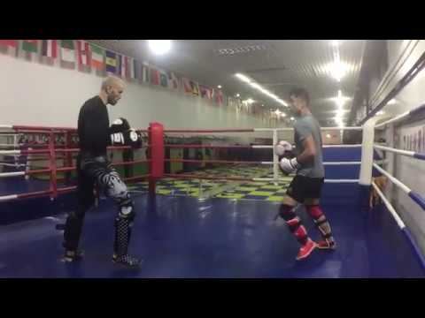 Bagua Zhang Kungfu vs Kickboxing: live sparring with commentary