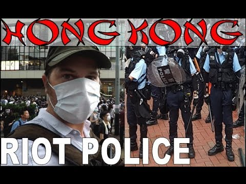 HONG KONG PROTESTS; RIOT POLICE, TEAR GAS, EXTRADITION LAW....ABSOLUTE CARNAGE!