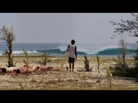 Antoha Melkiy surfs in Aceh, Indo.