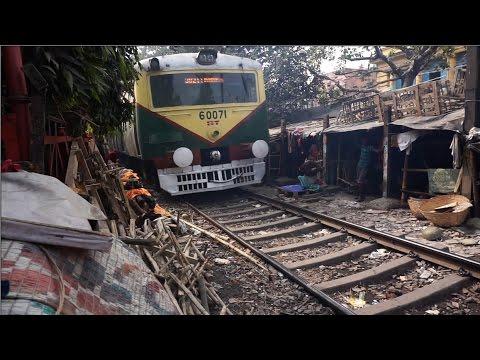 Kolkata - Shantytown along active rail tracks