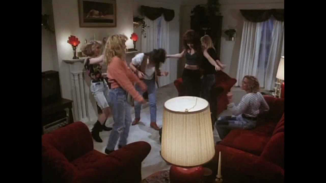 31 Horror Days S5E29 - SLUMBER PARTY MASSACRE III (1990 ...