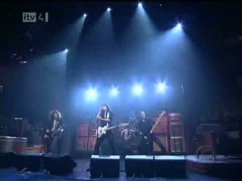 Is It Just Me The Darkness Live on David Letterman