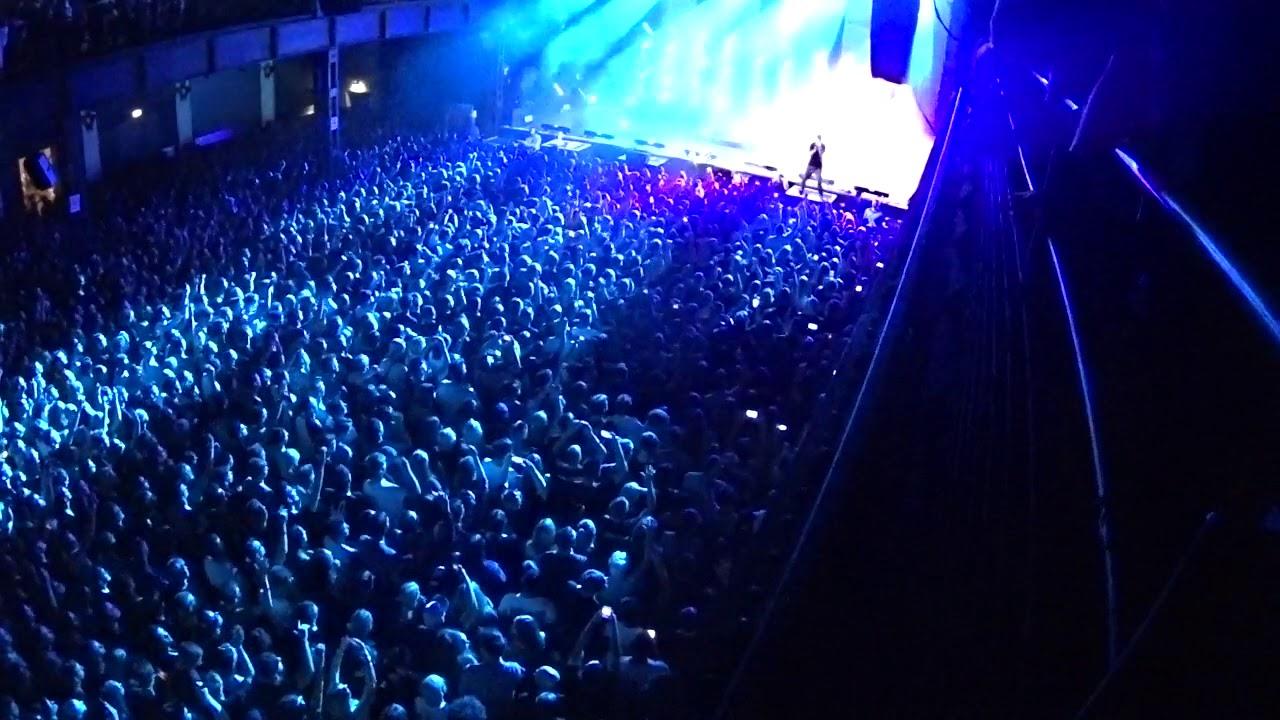 Mike Shinoda Post Traumatic Tour Köln Remember The Name Youtube