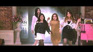 Download Video BLACKPINK Ngomong Ngapak dan Nyanyi Goyang Nasi Padang | OPERA VAN JAVA (08/12/18) Part 1 MP3 3GP MP4