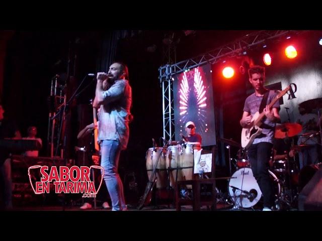 Alain Perez en la Casa de la Musica en Miramar, La Habana Cuba