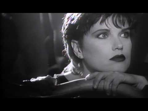 Martha Davis  - Tell It To The Moon (1987)