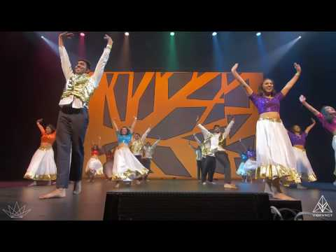 UCB Azaad | LEGENDS Bollywood Dance 2017  | [@VIBRVNCY Front Row]