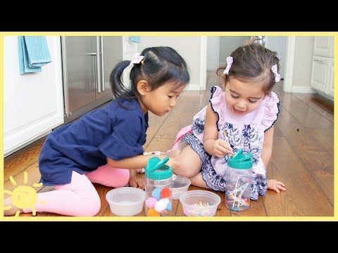 PLAY | 3 Toddler Kitchen Activities (So You Can Make Dinner!)