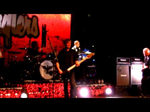 The Stranglers - 'No More Heroes' - Live at The Cliffs Pavilion, Southend - 13.03.15
