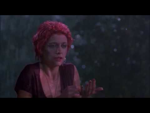 The Return Of The Living Dead (1985) : Trash is a zombie