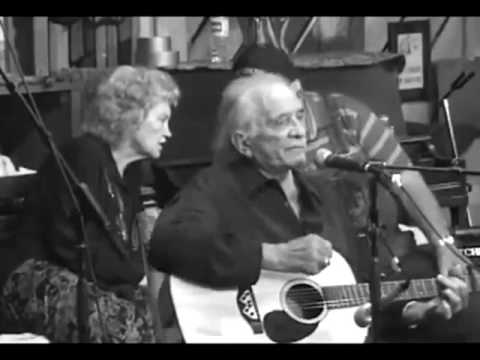 Johnny Cash -- His Final Live Performance (2003)