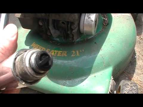 How To Clean Remove Carbon On Old Spark Plug Fix Surging Sputtering Lawn  Mower