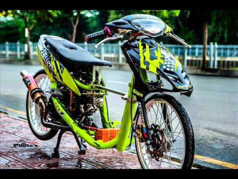 phía sau tay lái Việt Nam Racing boy 2016