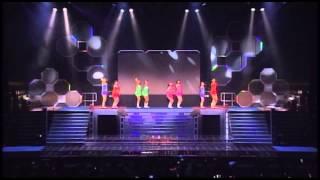 2005年夏 W&Berryz工房コンサートツアー「HIGH SCORE!」 より.