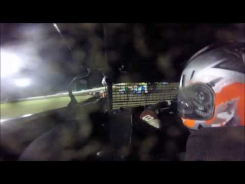 Xcel 600 Modified Upper Iowa Speedway 9/16