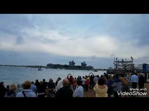 HMS Queen Elizabeth comin' back!