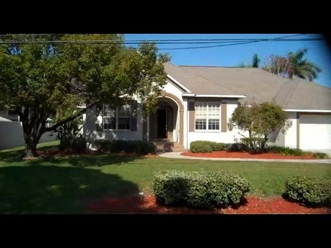Seminole: 2295 sq. ft. 4/3 Home at 13781 74th Ave