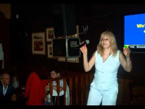 Madlizzie Karaoke Queen