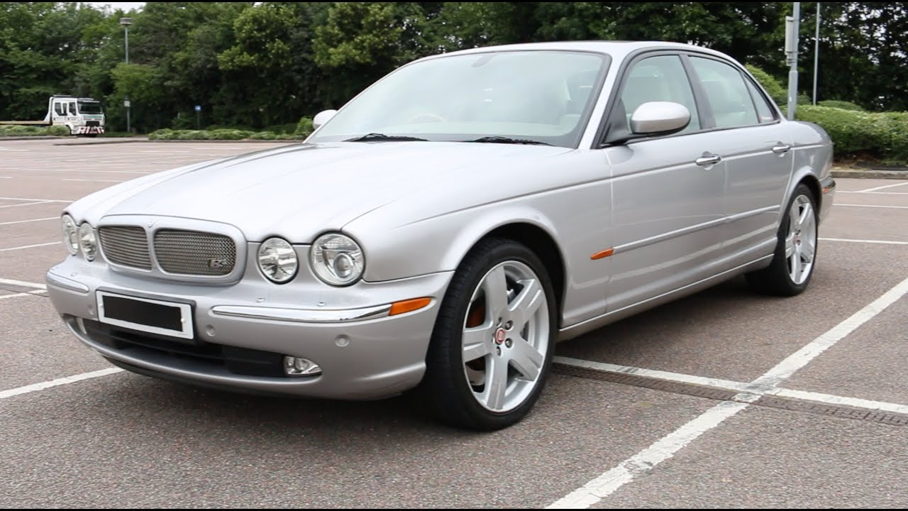 Loud Supercharger Whine - Jaguar XJR X350 Review with 390bhp - PerformanceCars