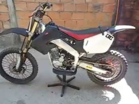 Cr 125 Com Motor De Cbx Xr 200 Youtube