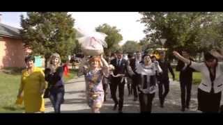 Видеосьемка необычной  национальной Греческой свадьбы  в Майкопе.(Видеосъемка необычной национальной Греческой свадьбы в Майкопе. БОЛЬШЕ ВИДЕО НА САЙТЕ: http://xn---01-5cdaffeoel8azf5a2o.xn..., 2015-02-04T06:15:09.000Z)