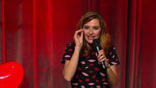 """Katrin Bauerfeind: """"Die erste große Liebe ist wie ein rosa Pulli!"""""""