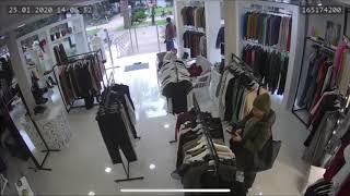 В Сочи женщина украла несколько вещей из магазина