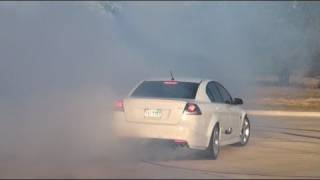 SMOKESHOW BURNOUT!! PONTIAC G8 GT SHREDDING TIRES!
