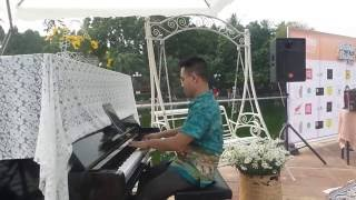 Nắng Thủy Tinh-Piano Khang Nhi 03-12-2016