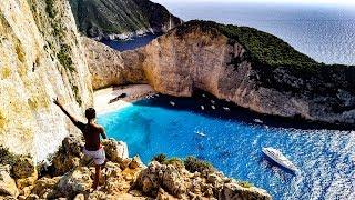Shipwreck Beach 【Zakynthos in Greece 】 ギリシャの秘境☆ザキントス島の ナヴァイオビーチ(別名シップレックビーチ)は 紅の豚(ジブリ)のポル...