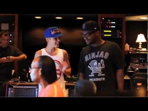 Justin Bieber - Fa La La (studio)
