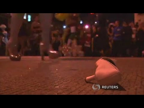Drag queens race in high heels through the streets of Washington DC