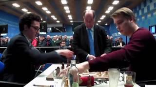 Vladislav Kovalev (2660) vs Fabiano Caruana (2822)    Tata Steel Chess 2020  - R11