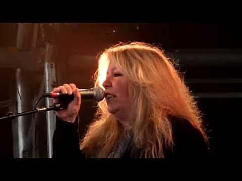 Judie Tzuke - Living On The Coast - Rock N Horsepower Concert - June 2014