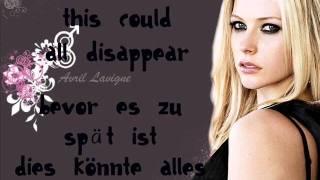 Avril Lavigne - keep holding on HQ