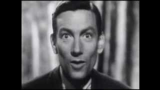 Hoagy Carmichael - Hong Kong Blues