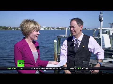 Keiser Report: Fetid Swamp of US Tax Reform (E1156)