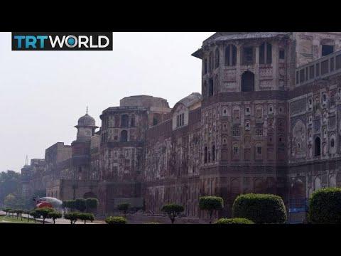 Pakistan Heritage: 18th century era Mughal architecture crumbles