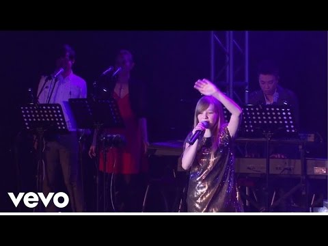 connie-talbot---heal-the-world-(live)