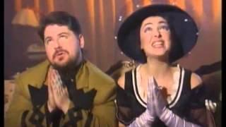 Дуэт Академия Лолита и Цекало прикольные клипы 90 х