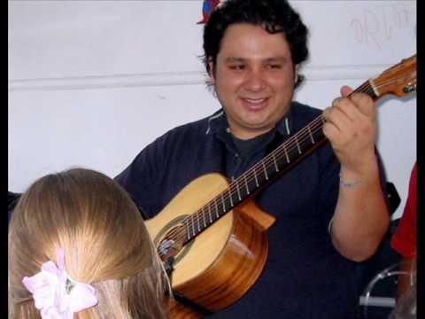 Gustavo Flores, siempre te recordaremos .......