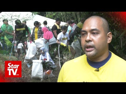 Trash heroes dirty their hands for a cleaner Malaysia